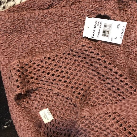 O'Neill Dresses & Skirts - Crocheting O'Neal dress